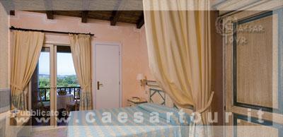 Colonna village du golf porto rotondo sardegna mare for Centro divani olbia