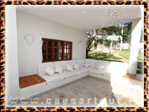 Costruire divani in muratura idee per il design della casa - Divano in muratura ...